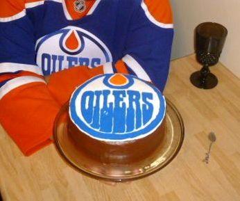 Lainycakes: Edmonton Oilers Birthday Cake Using Frozen Buttercream ...
