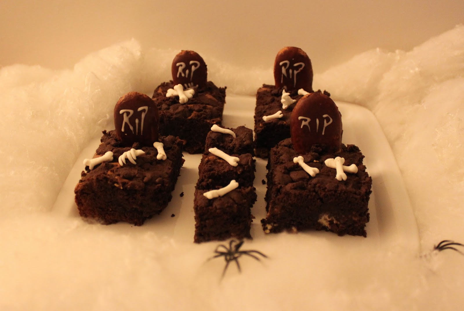 party snacks halloween essen brownie rezept gebi. Black Bedroom Furniture Sets. Home Design Ideas