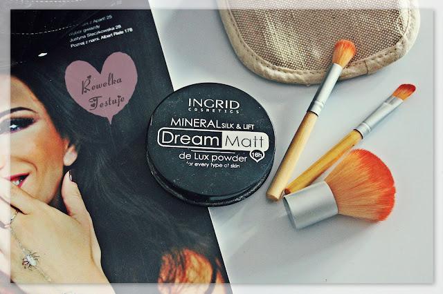 Ingrid Mineral silk&lift Dream Matt Puder - must have w letniej kosmetyczce...