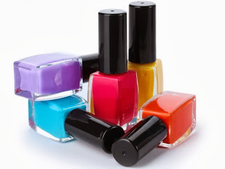 Nail color application tricks