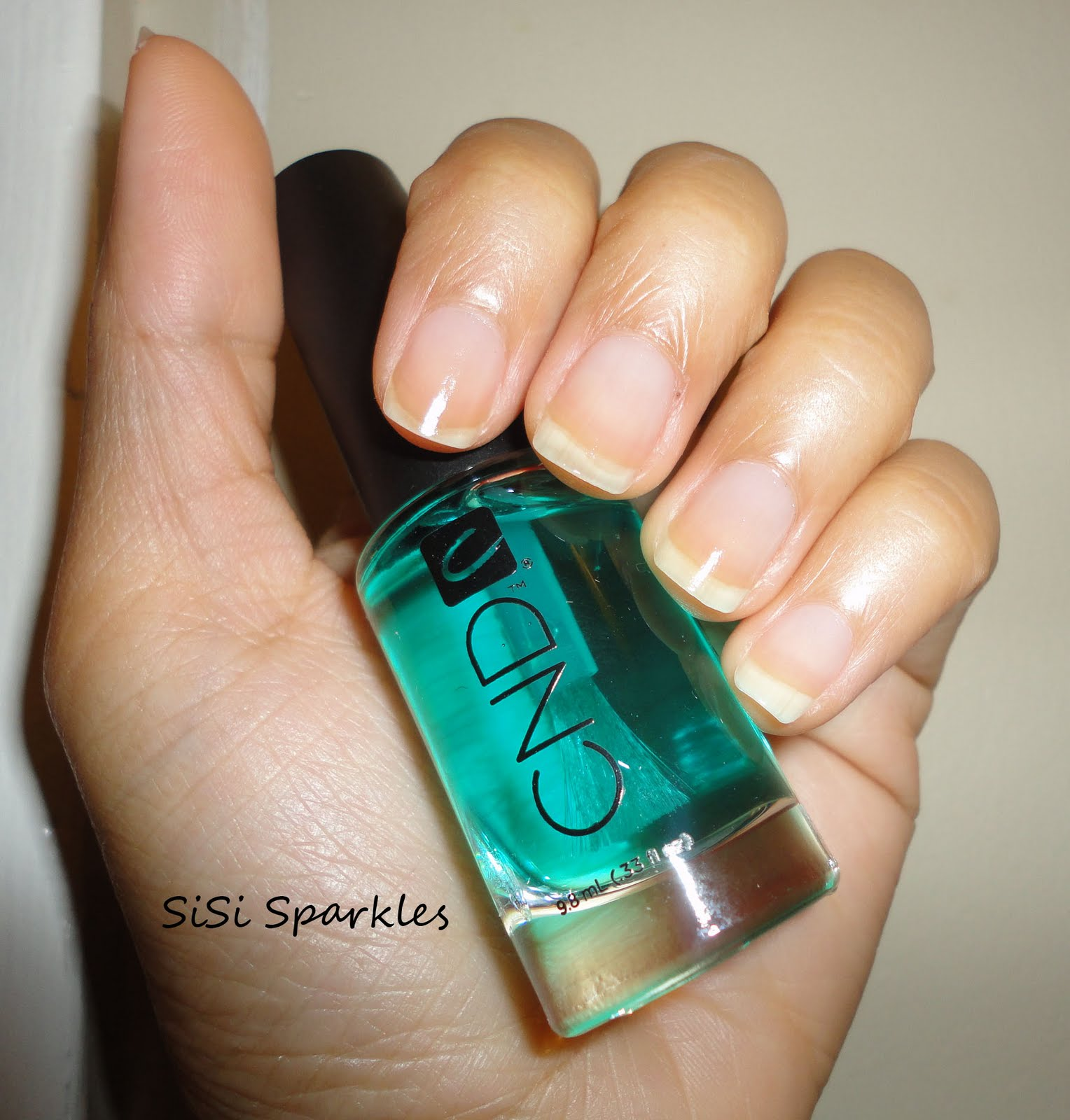 I Also Did Not Notice Any Yellowing Of My Nails After Wearing This Would Definitely Recommend Base Coat For The Price And Quality