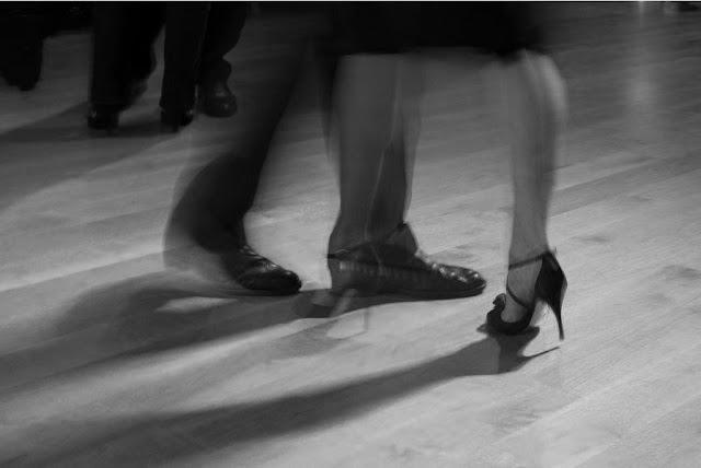 tango - piedi