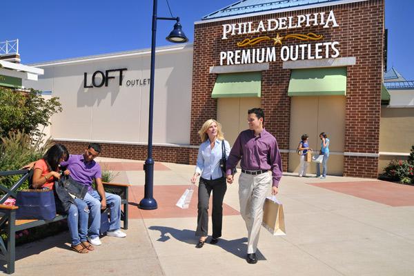 coach at premium outlets j2ie  Philadelphia Premium Outlet thefts prompt tougher shoplifting laws