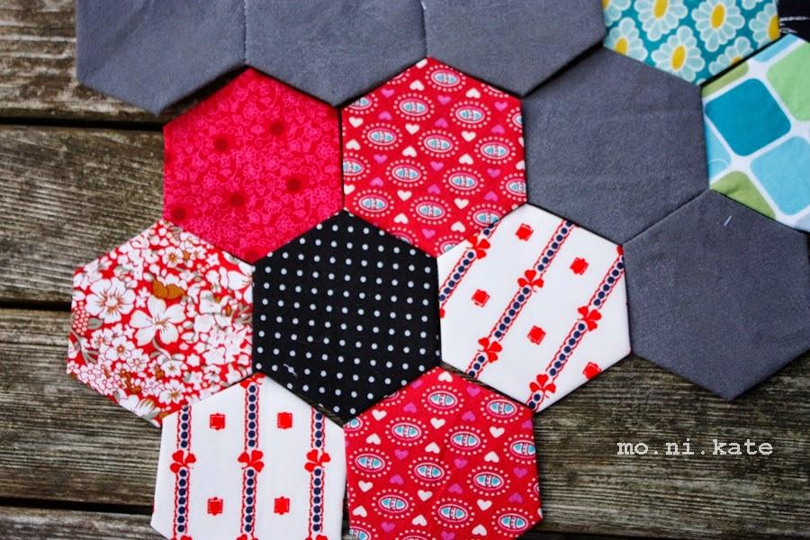 wollixundstoffix hexagon decke teil 2. Black Bedroom Furniture Sets. Home Design Ideas