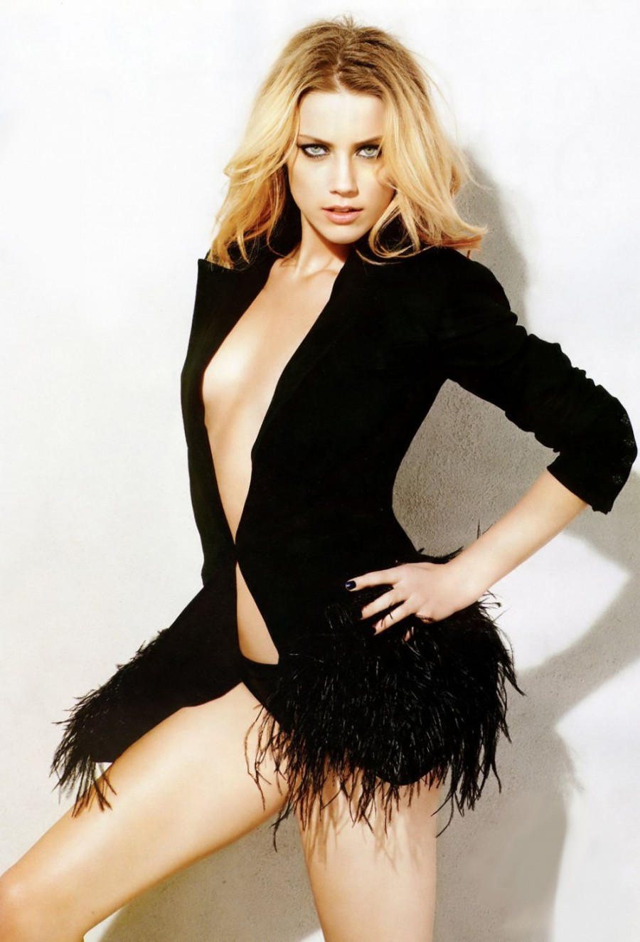 ChatBoutBeautiful: Amber Heard in Maxim and her other ... Amber Heard