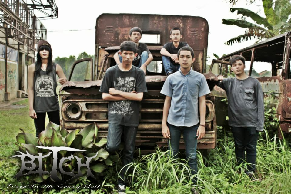 B.I.T.C.H ( Blood In The Crazy Hell ) Band Metalcore Bekasi Foto Personil Logo Wallpaper