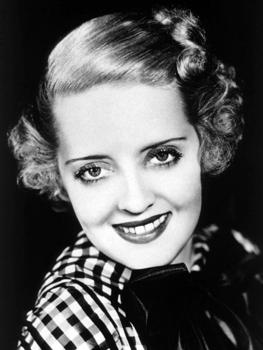 biografias e coisas com biografia de bette davis. Black Bedroom Furniture Sets. Home Design Ideas