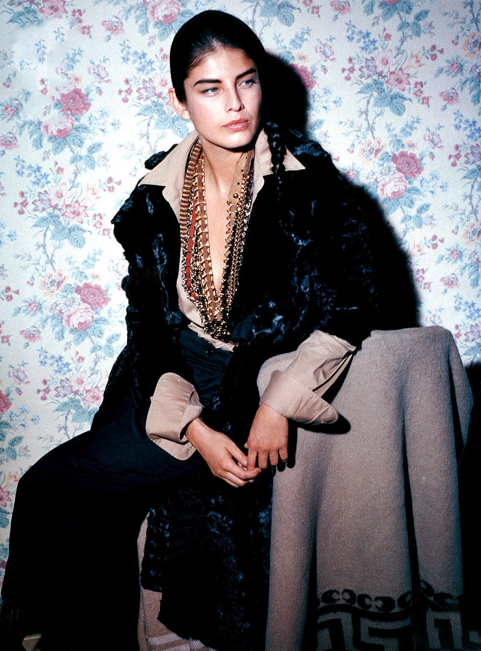 Liliana Dominguez wearing Lanvin by Alber Elbaz mink coat in After hours / Elle US September 2005 (photography: Manuela Pavesi) via www.fashionedbylove.co.uk