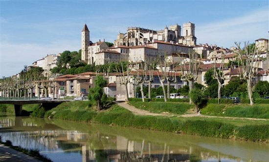 Auch France  City new picture : TOP WORLD TRAVEL DESTINATIONS: Auch Gers , France