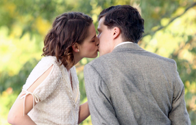 Kristen Stewart besando