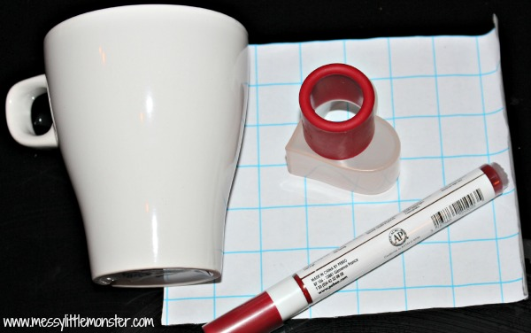 how to make a DIY heart scribble mug