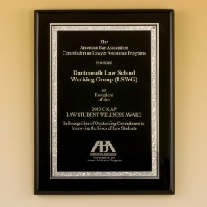 "Lg Black Piano Finish Plaque with Textured Florentine Plate (9x12"")"