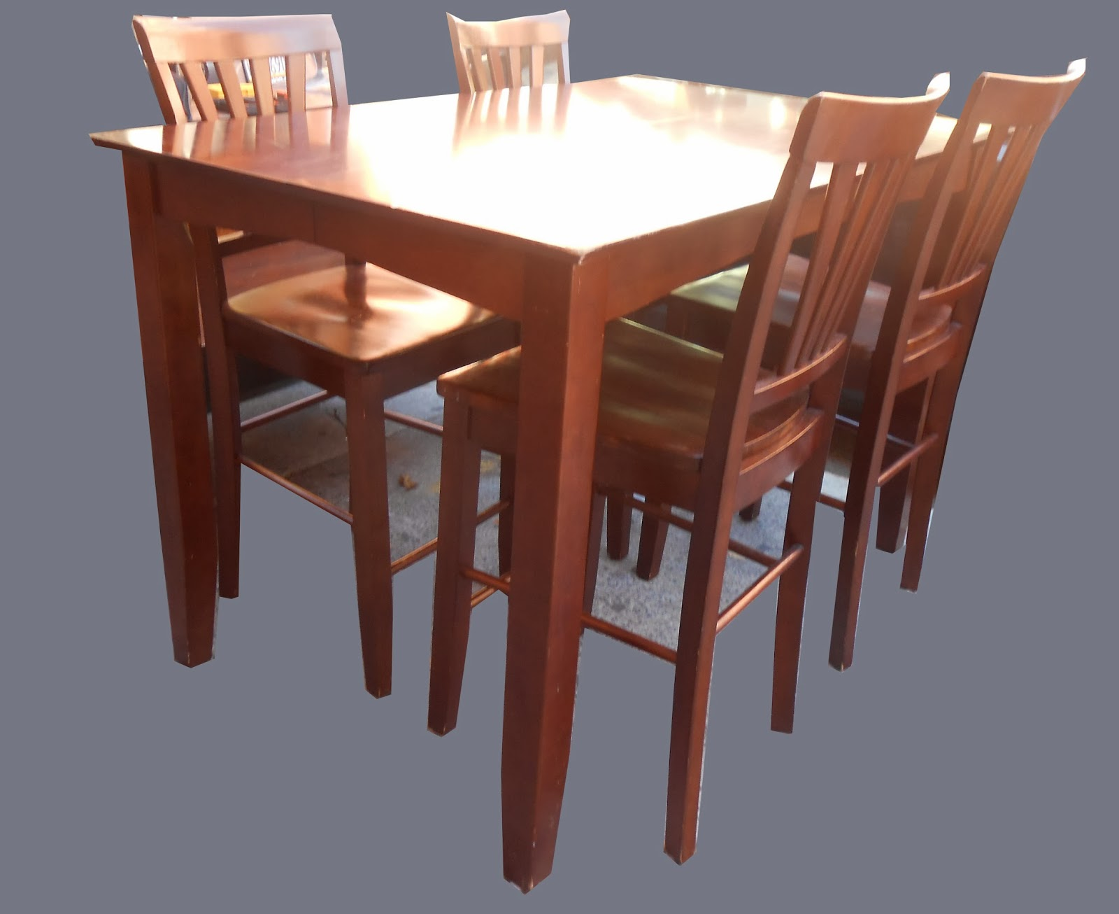 Uhuru Furniture Collectibles Pub Table W 4 Chairs SOLD