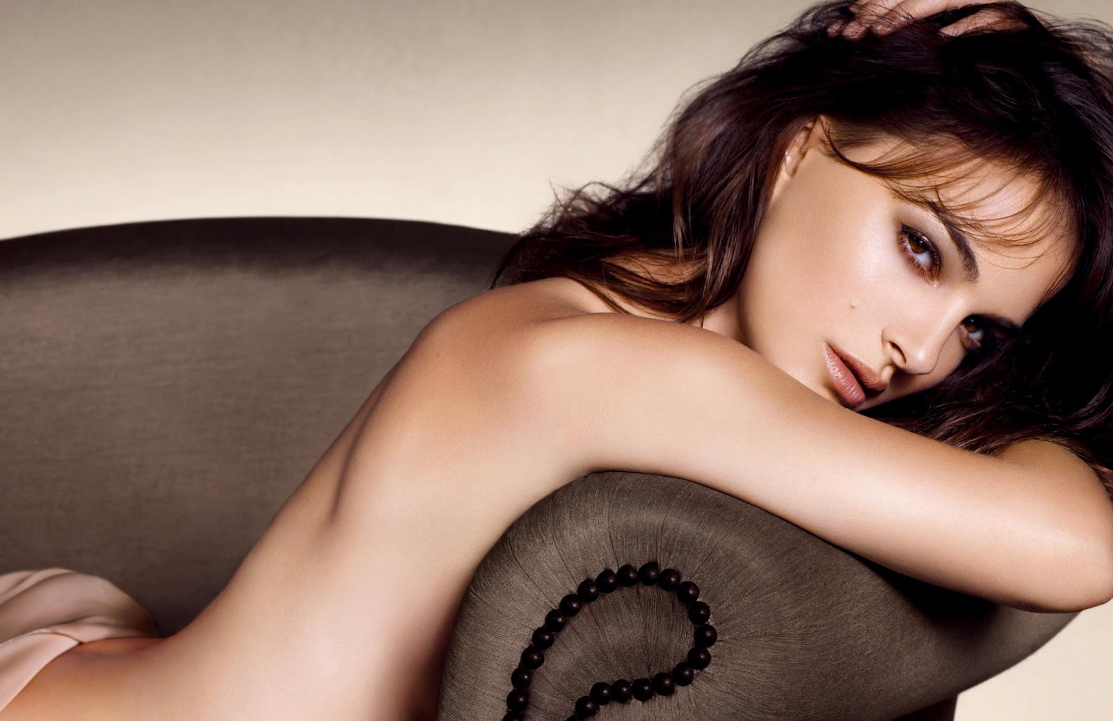 http://3.bp.blogspot.com/-lXobNlqGZVU/UCLas4RmRRI/AAAAAAAADWY/ONmQBoW5Sk8/s1600/natalie+portman+nude+hot+sexy.jpg