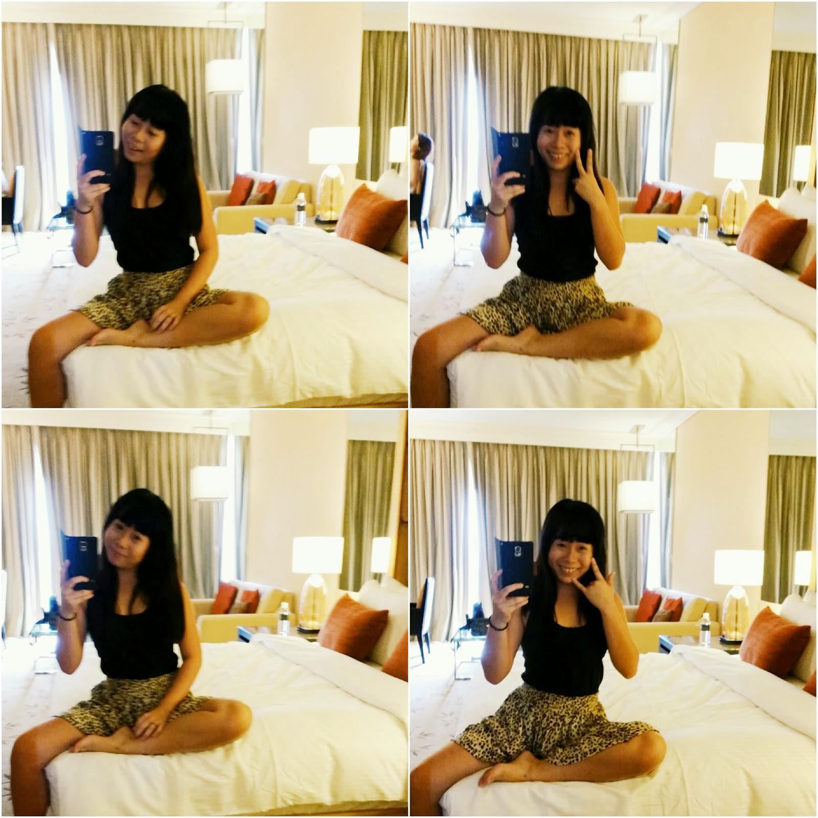 Mandatory mirror selfie in MBS room. mshuiling   Staycation  Marina Bay Sands