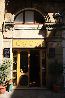 Caj Chai tea house in Barcelona