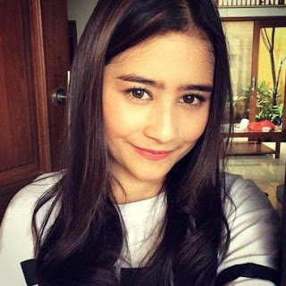 Kumpulan Video Dubsmash Artis Indonesia Prilly Latuconsina