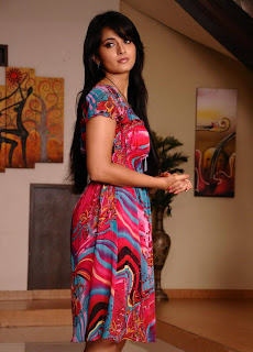South Indian Actress Anushka Shetty Latest Stills in Pink Dress