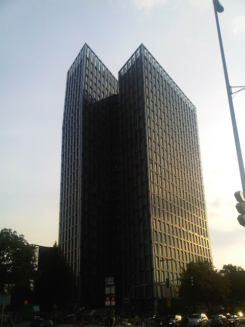 Hamburg - Schiefe Türme - St. Pauli