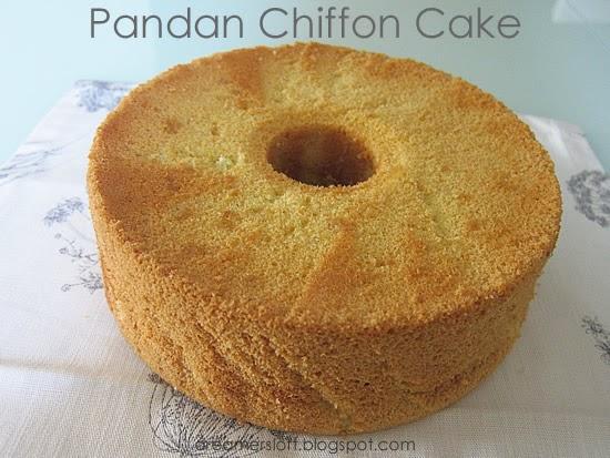 DreamersLoft: Pandan Chiffon Cake (after a long hiatus)