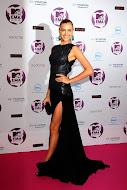 2011 MTV EMAs& Kim Ne Giymiş ?