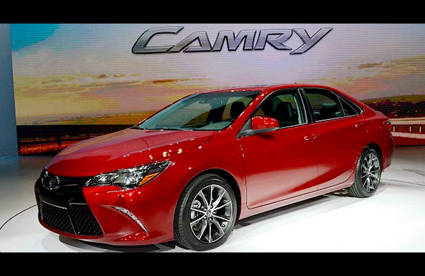 Images of 2016 Toyota Camry