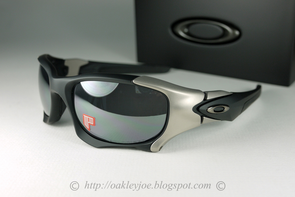 oakley pit boss ii asian fit sunglasses polarized  oo9137 01 pit boss ii matte black + black iridium polarized discontinued model. permanently added to collection. not for sale.