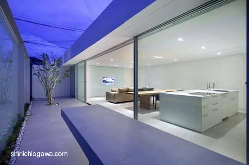 Arquitectura de casas casa patio minimalista japonesa en for Casa minimalista japonesa
