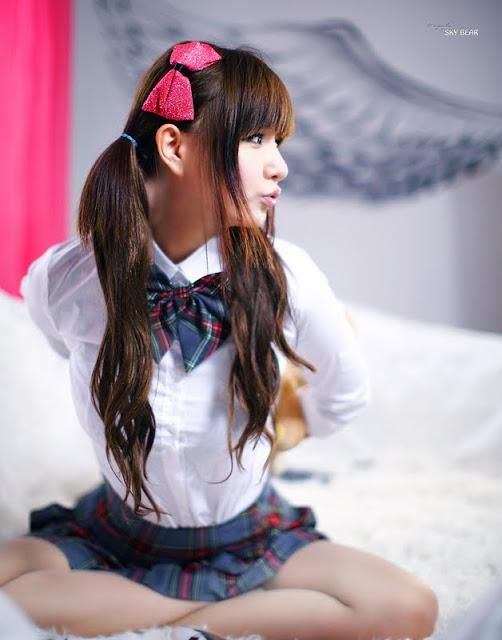 Ryu Ji Hye Lovely in Grey and Red School Girl