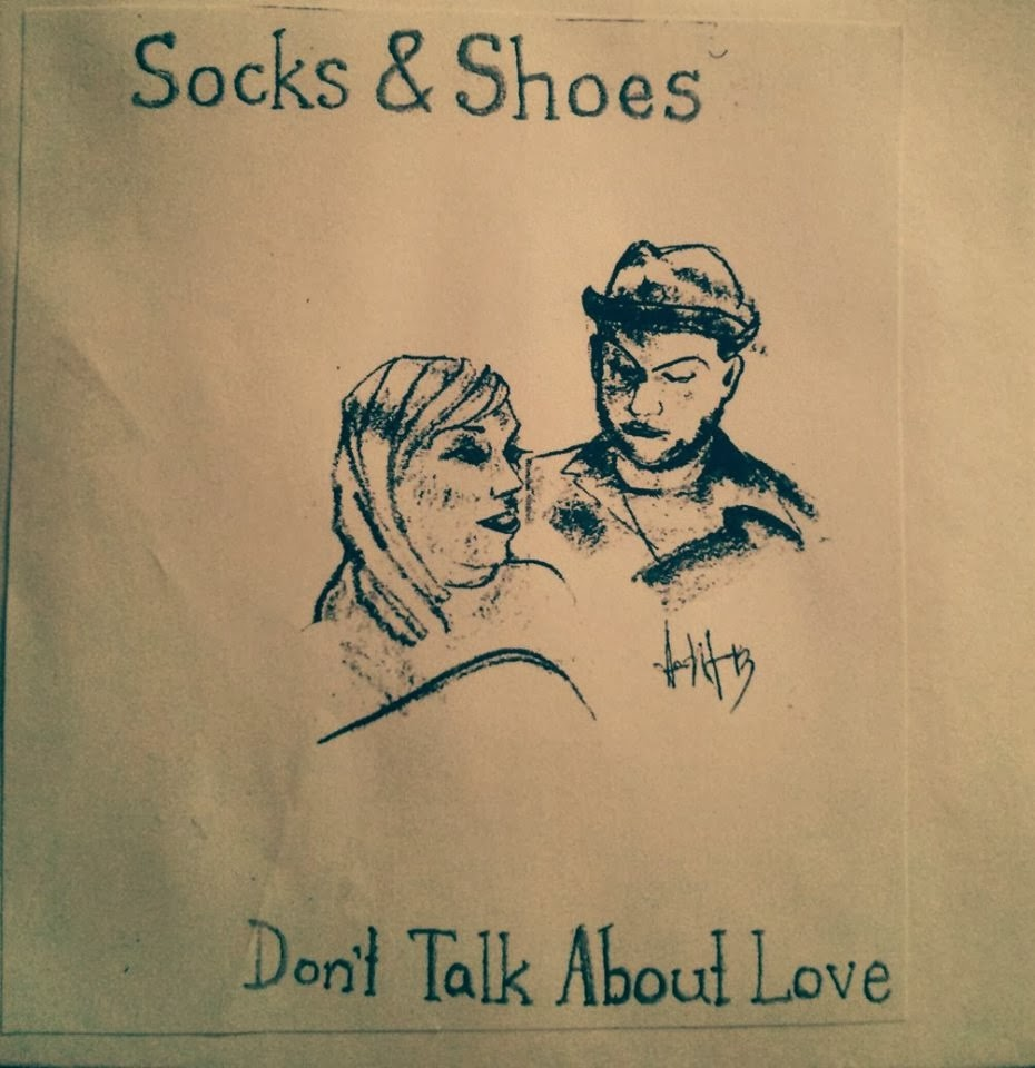 http://www.d4am.net/2014/02/socks-shoes-dont-talk-about-love.html