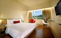 Kamar Deluxe Grand Zuri Hotel Padang