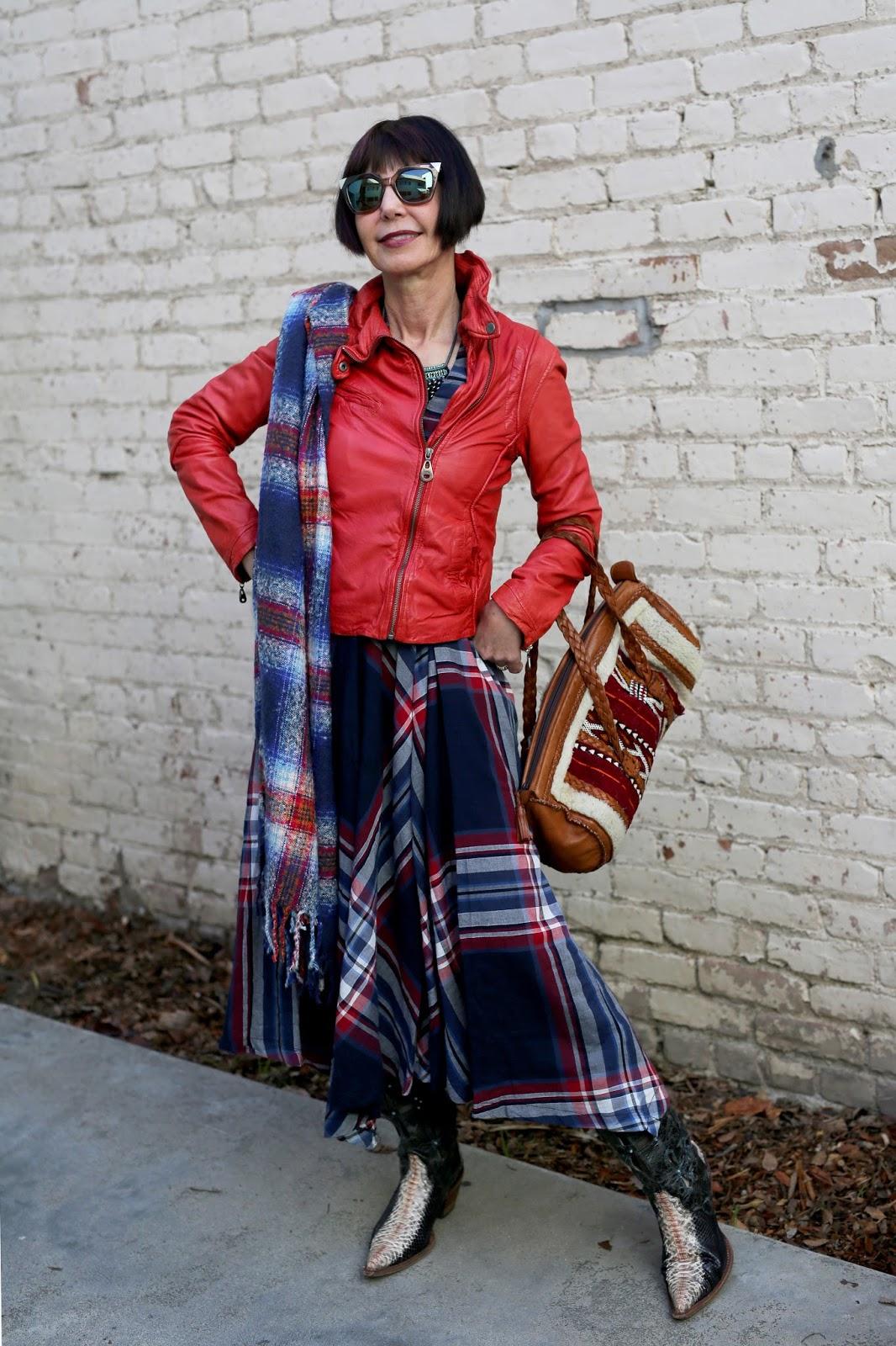 Streetstyle cực chất của những fashionista bô lão ảnh 28