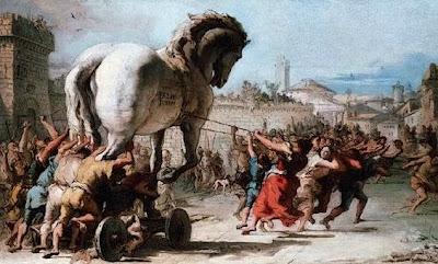 Troia, a guerra de troia, cavalo de troia.