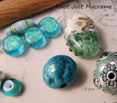 Artist beads