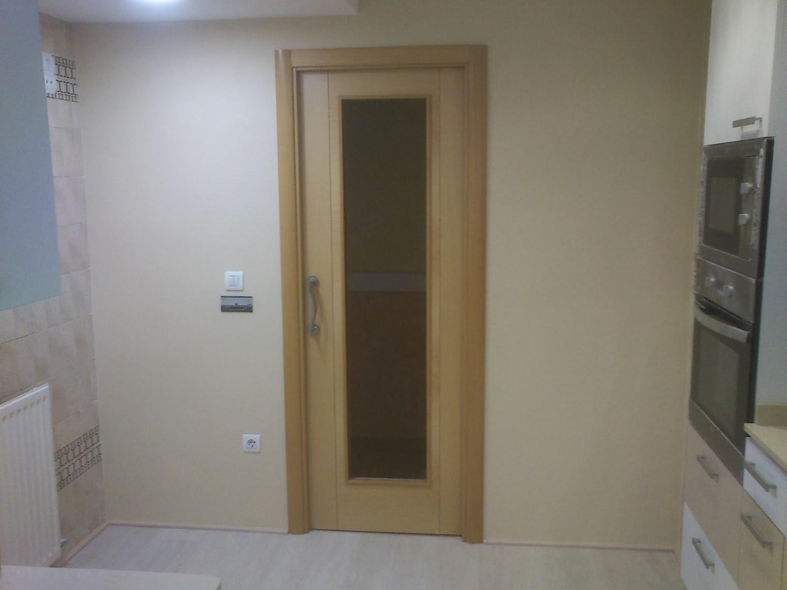 Sergio vivas carpintero colocaci n de puertas suelo - Puertas correderas de salon ...