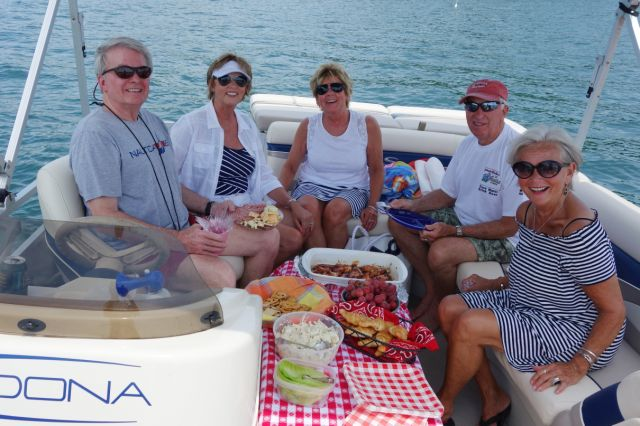 An awesome Committee Boat crew.  Dining like they mean it!