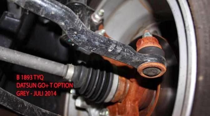 Tips dan Cara Mudah Cegah Karat di Kolong Mobil Akibat Air Genangan
