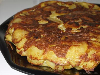 Tortilla de patatas au chorizo (voir la recette)