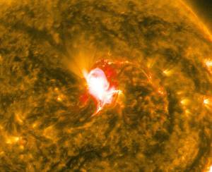 Sun Unleashes Mid-level Flare