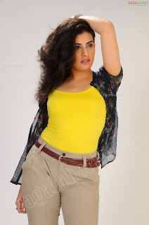 Cleavage Hot Archana Veda in hoott yellow dress Pretty