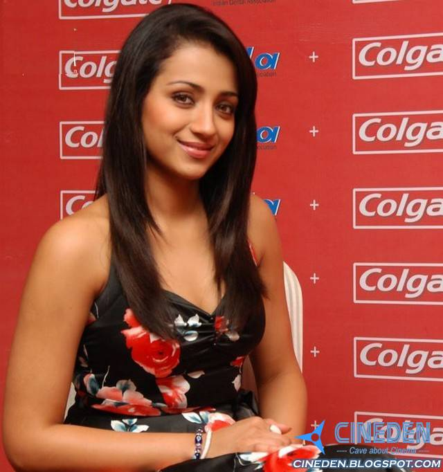 Trisha Krishnan At Colgate & IDA Guinness World Record Event