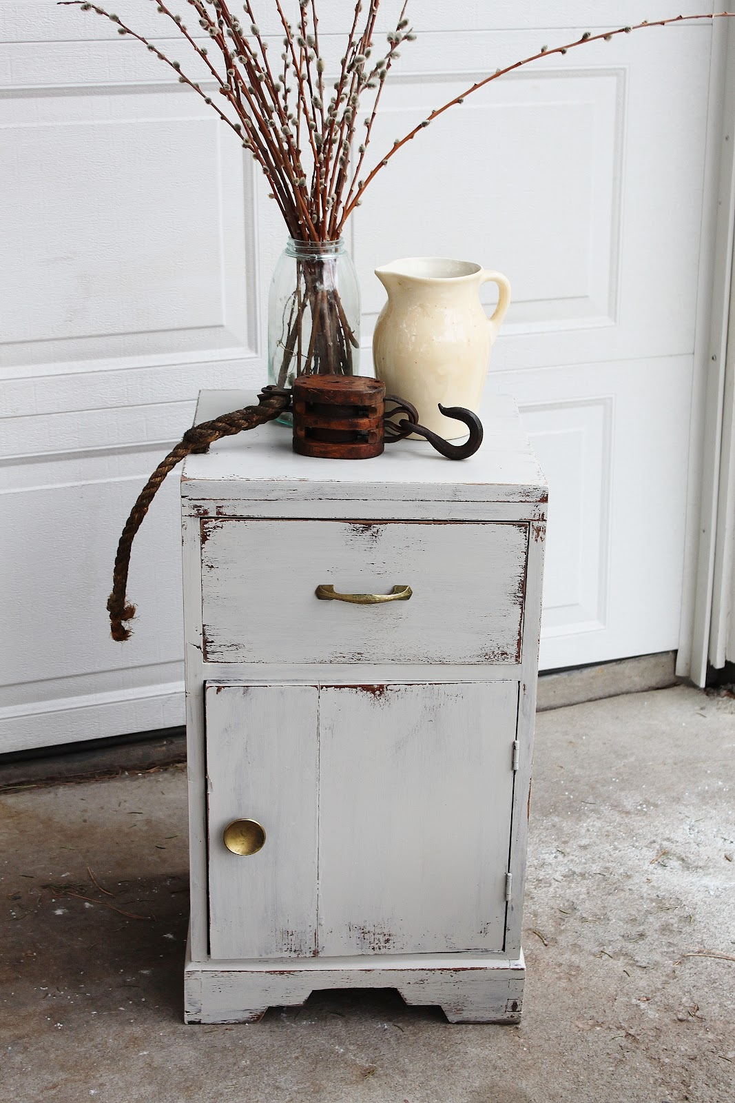 Vintage Farm Furniture Wood Design