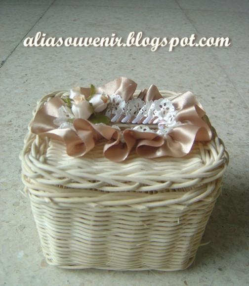 souvenir kotak tisu
