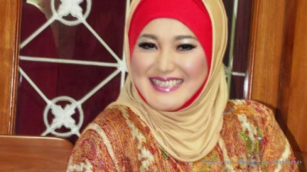 Download Lagu Evie Tamala - Akhir Sebuah Cerita