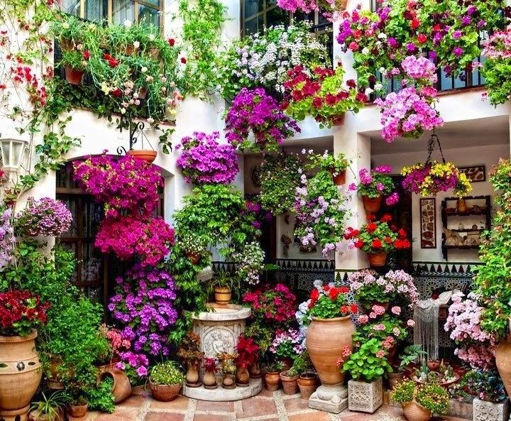 Decora interi paisagismo com flores - Patios andaluces decoracion ...