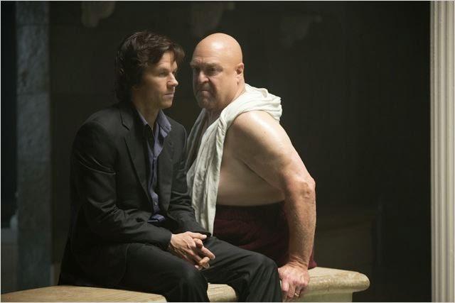 """John Goodman y Mark Wahlberg en """"El Jugador"""""""