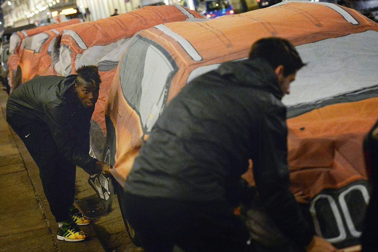Futbolistas de la Juventus y Jeep cambian los autos de Turín por camionetas de la marca