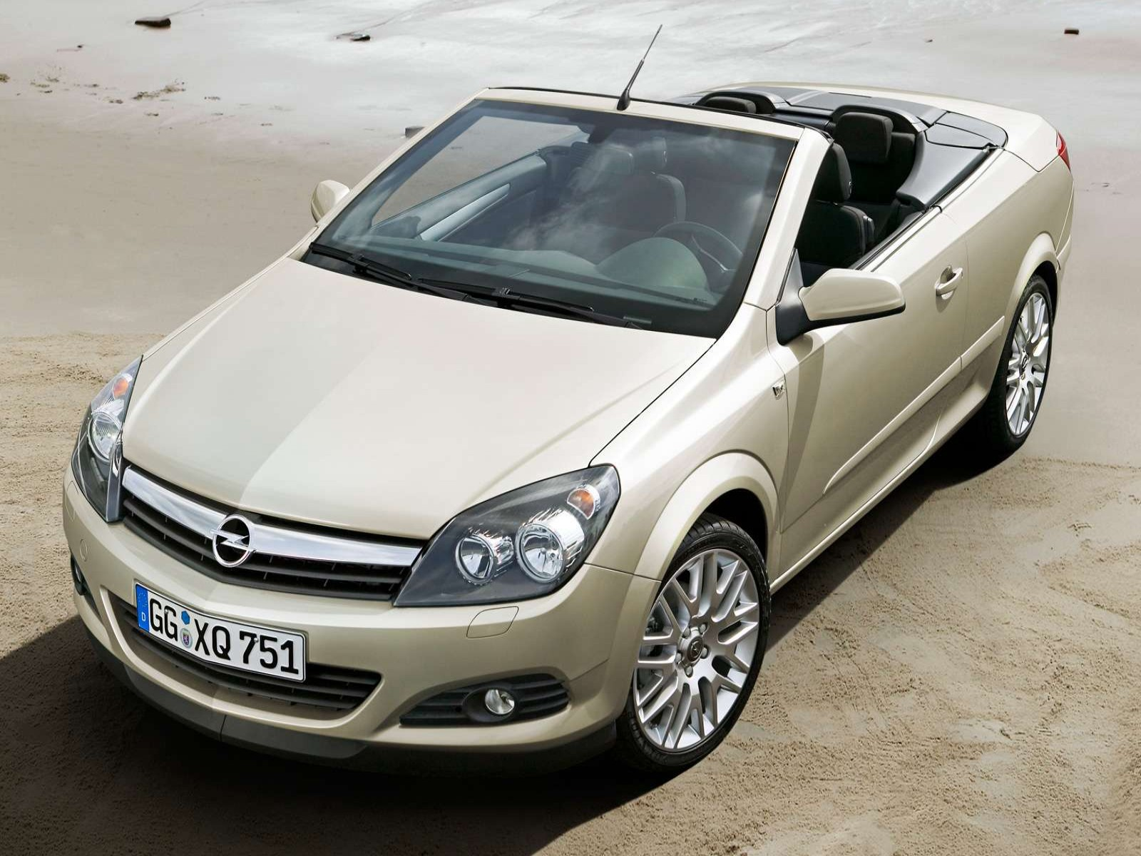 car pictures opel astra twintop 2006. Black Bedroom Furniture Sets. Home Design Ideas