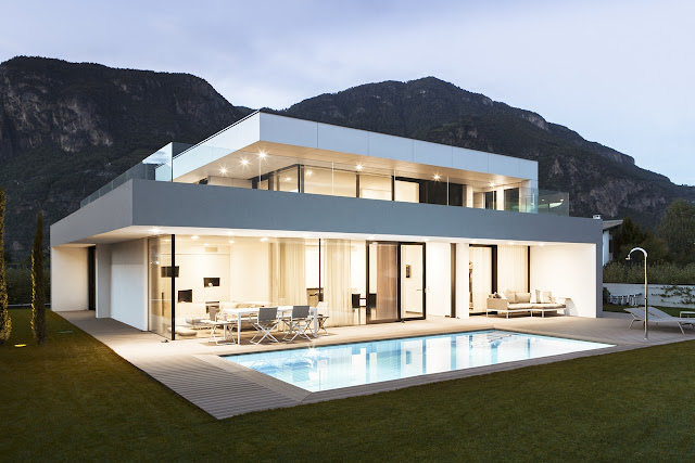 Modern home with lighting