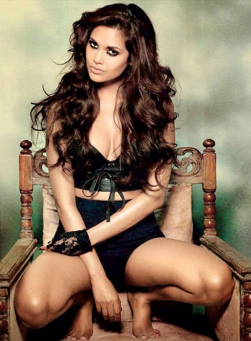 Esha Gupta, Hindi Bollywood actress, Bollywood, Bollywood actress, bollywood actresses